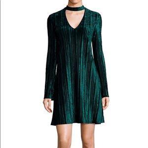 Nicole Miller STUDIO Ribbed Velvet Emerald Dress